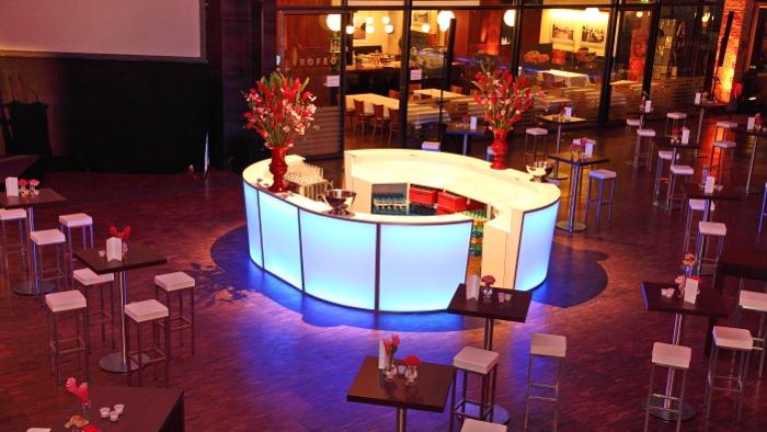 Lounge me Bar