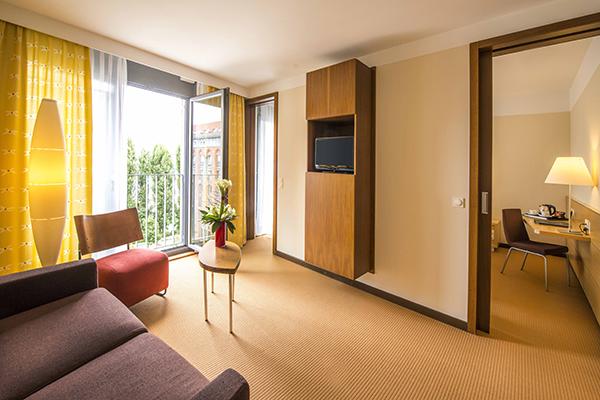 Hotel Centrovital Berlin Juniorsuite Wohnraum