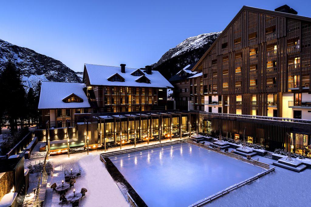 Hotel in den Schweizer Alpen